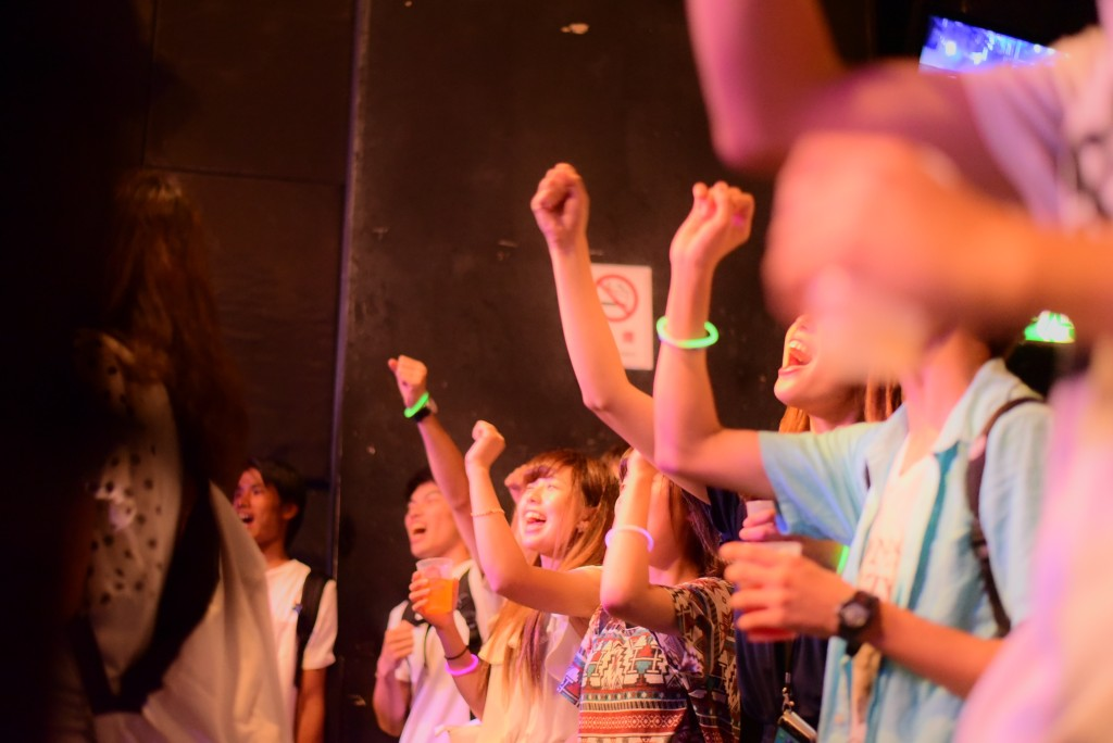 観客のほとんどは川ちゃんの知り合い。みんな本当に川ちゃんが好きで集まってきてる。